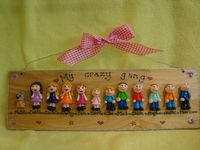 12 CHARACTER LARGE 3d FAMILY WEDDING OR  TEACHER SIGN PLAQUE PEOPLE PETS CAT DOG BIRD ANY PHRASING UNIQUE GIFT (1)